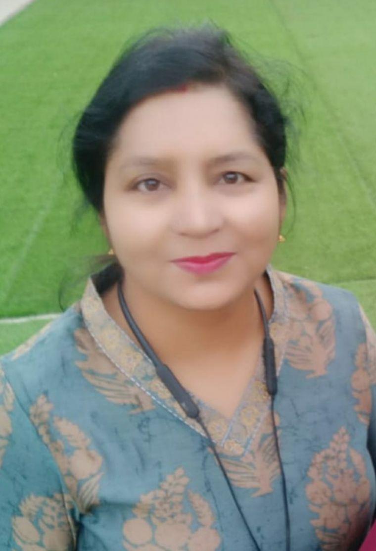 Dr. Manisha Dwivedi